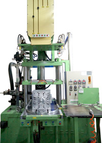 wax injection machine for large object investment casting
